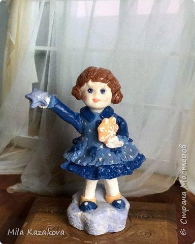 Все куколки сделаны из соленого теста, на каркасе. Лица разрисованы гуашью. Высота фигурок 9 см фото 4