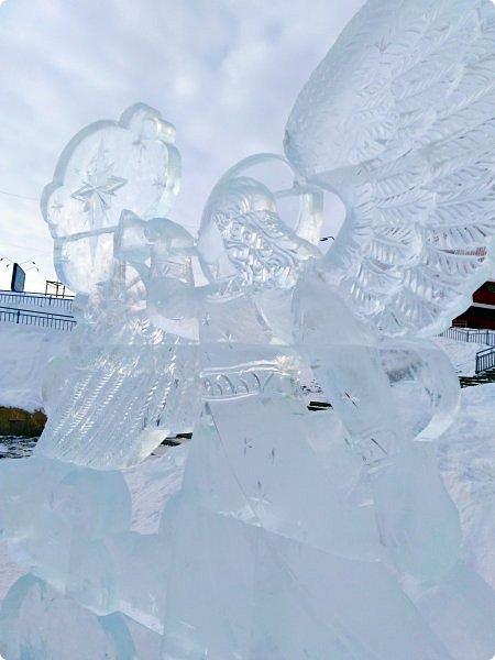 Здравствуйте! Новогодние праздники промчались, отшумели, подарки розданы, остались лишь фотографии, того, что едва успела запечатлеть. Первый набор стеклянной посуды с сюжетом сказочного города. фото 36