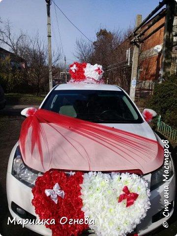 Много)) Свадебных  украшений на авто фото 12