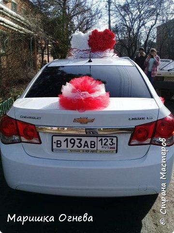 Много)) Свадебных  украшений на авто фото 13