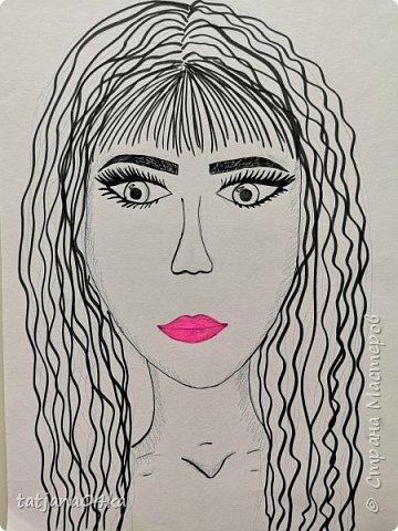 учились рисовать лица,,,кто не смог спарвиться тому выдала журналы,попросила найти лица и оформить причёски в виде орнаментов фото 9