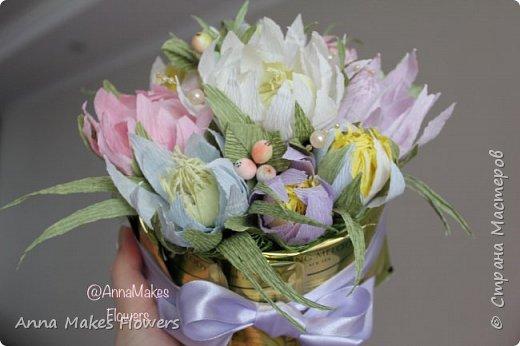 Здравствуйте! Хочу поделиться с вами своим процессом создания Букета из конфет и чая. Как я делаю сами Цветы с конфетой внутри и ягоды можно посмотреть  в моих предыдущих постах.  Желаю вам приятного времяпрепровождения за занятием творчеством!