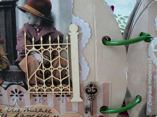 И еще раз здравствуйте) Решила выложить работу,которую делала к свадьбе своей дочери.Хотя свадьбы не было,молодые просто улетели на Кипр и там расписались,там и провели медовый месяц)Но как родителям надо же было поздравить молодых и подарить денежку)Просто положить в конвертик было не интересно,вот на просторах инета нашла сбербанку,чуток переделала,чуток перефразировала и подарили молодым по возвращению.Приглашаю к просмотру) фото 13