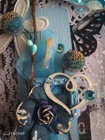 С возвращением меня! )) Почти год открыток не делала((( Ну что ж продолжим....Золото на голубом..... Сдержанный черный, пронзительный голубой и всеобъемлющий белый. Открытка на свадьбу. фото 5
