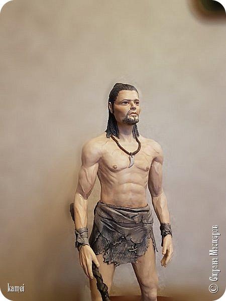 Честное слово не знаю кого сделала...то ли Тарзан, то ли викинг...одежда как у Тарзана , оружие как у викинга фото 2