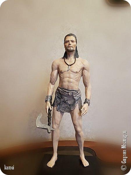 Честное слово не знаю кого сделала...то ли Тарзан, то ли викинг...одежда как у Тарзана , оружие как у викинга фото 1