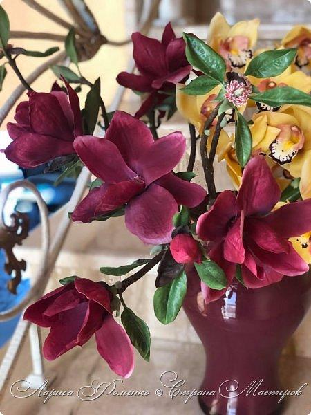 """Букет готов!!! Орхидеи цимбидиум и магнолии сорта «Magnolia liliiflora Nigra"""" Полностью ручная работа из специальных флористических глин! За кадром остались несколько месяцев кропотливого труда, с использованием авторских методов тонировки и прочих личных наработок. На сегодняшний день-это самая масштабная работа у меня!  фото 5"""