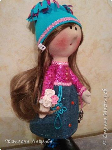 Доброе время суток, жители Страны!!! Разрешите представиться Карина. Куколка сшита в подарок к 8 Марта. фото 2