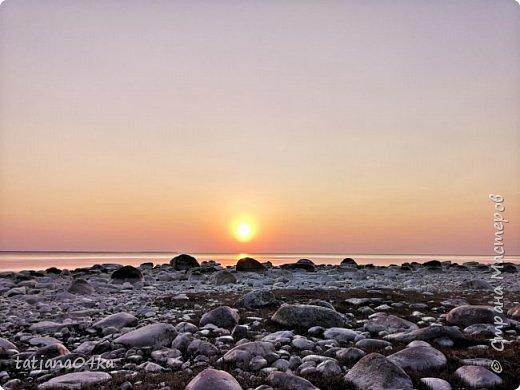 Хочется поделиться очередной порцией фотографий ,,,вчерашняя прогулка по морю,,,И этот фоторепортаж о том, каким выглядим пляж Балтийского моря,,в одном месте он может быть песчаным ,а в другом прямо утопает в булыжниках,,, фото 1