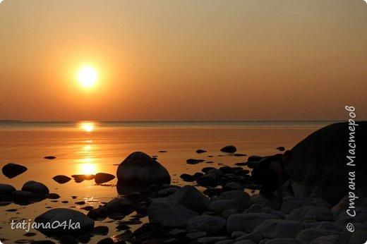 Хочется поделиться очередной порцией фотографий ,,,вчерашняя прогулка по морю,,,И этот фоторепортаж о том, каким выглядим пляж Балтийского моря,,в одном месте он может быть песчаным ,а в другом прямо утопает в булыжниках,,, фото 9