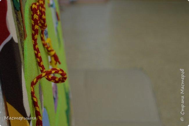 """Всем доброго дня! Сегодня я показываю работы ребят из моего кружка, выполненные к областному конкурсу  """"Произведения уральских писателей в в декоративно - прикладном и изобразительном творчестве"""". Это работа Гашевой Алёны (4 класс)  «Поиграем в поясок».  Номинация - Уральское устное народное творчество. фото 3"""
