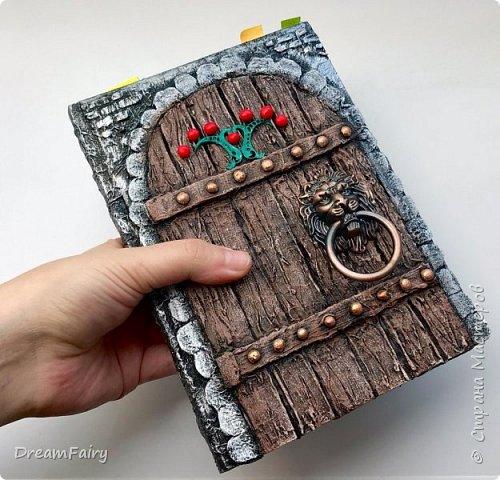 Декор блокнота. Имитация деревянной двери.