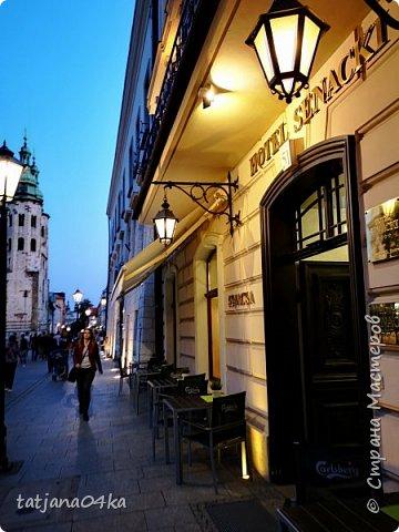 Есть у меня небольшое хобби,,привозить с каждого путешествия ,с каждой поездки фонарики,,,или уличное  освещение,,В этот раз побывала в Польше,,,и вот с Кракова  привезла тоже  ,,,,, фото 7
