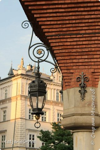 Есть у меня небольшое хобби,,привозить с каждого путешествия ,с каждой поездки фонарики,,,или уличное  освещение,,В этот раз побывала в Польше,,,и вот с Кракова  привезла тоже  ,,,,, фото 5