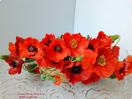 Добрый вечер мастера и мастерицы!!!Наконец то я закончила лепку цветов для полевого букета!!Вот такие маки расцвели дождливой осенней порой. фото 2