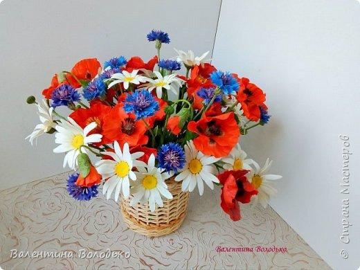 Добрый вечер мастера и мастерицы!!!Наконец то я закончила лепку цветов для полевого букета!!Вот такие маки расцвели дождливой осенней порой. фото 8