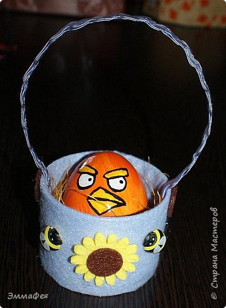 Яйца сделаны собтвенноручно, использована натуральная яичная скорлупа как матрица, потом разбила ее и отправила в мусор.  Часть яичек расписаны вручную акриловыми красками, часть украшены в технике декупаж. фото 12