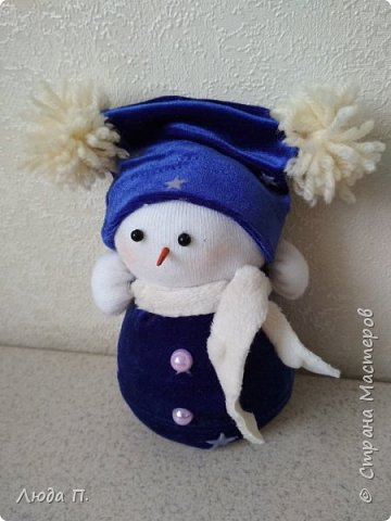 Кукла шкатулка Снегурочка и снеговик из носка фото 4