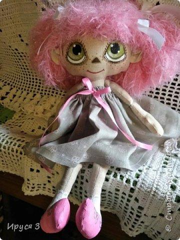 """Малышка Карамелька сшита из льна , личико , трусики , туфельки и носочки нарисованы акриловыми красками для ткани , волосики - ниточки """" лебяжий пух """""""