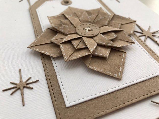 """Принимайте и мою искру в шкатулку драгоценностей Страны мастеров. Звезда моя не спроста в технике оригами, ведь на сайт я пришла  11 лет тому назад, именно из-за этой техники. Она меня завораживала,  казалась """"высшей математикой"""" :))) Думаете, я ее познала, увы, я лишь немного прикоснулась к простым  фигурам:)  Искра сделана по мк https://m.blog.naver.com/silkbody/20137182388 фото 3"""