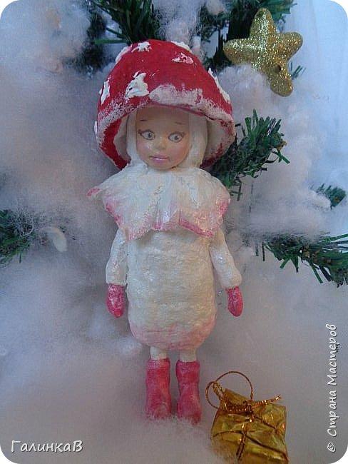 """Добрый всем вечер! Новый год """"на носу"""", а снегом у нас и не пахнет! Но новогоднее настроение присутствует, несмотря на мерзкую бесснежную погоду. Но на фотках моих ватных деток снежок имеется! И елочка! И детки в карнавальных костюмчиках. фото 6"""