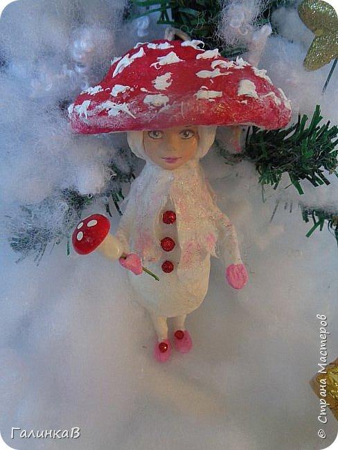 """Добрый всем вечер! Новый год """"на носу"""", а снегом у нас и не пахнет! Но новогоднее настроение присутствует, несмотря на мерзкую бесснежную погоду. Но на фотках моих ватных деток снежок имеется! И елочка! И детки в карнавальных костюмчиках. фото 13"""