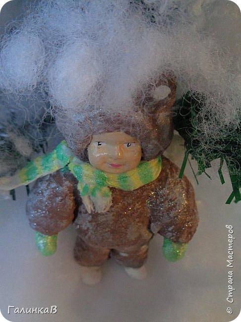 """Добрый всем вечер! Новый год """"на носу"""", а снегом у нас и не пахнет! Но новогоднее настроение присутствует, несмотря на мерзкую бесснежную погоду. Но на фотках моих ватных деток снежок имеется! И елочка! И детки в карнавальных костюмчиках. фото 4"""