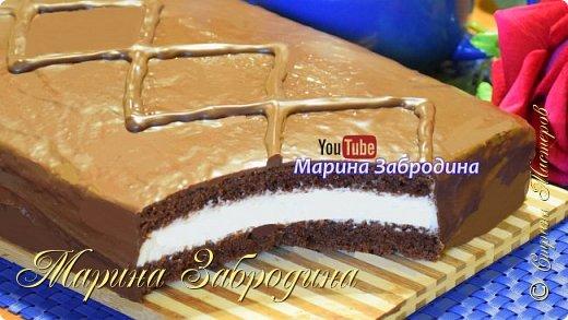 """Сочный шоколадный бисквит в сочетании со сливочным кремом покорит всех навсегда! Получается нежный и воздушный, невозможно передать словами какой торт получился вкусный!  Желаю всем приятного аппетита и хорошего настроения! Благодарю за просмотр, заходите на мой ютуб канал, там Вы найдете много проверенных видео - рецептов которые легко приготовить! Также жду Ваши фото в группе """"Марина Забродина"""" ВКонтакте 😊"""