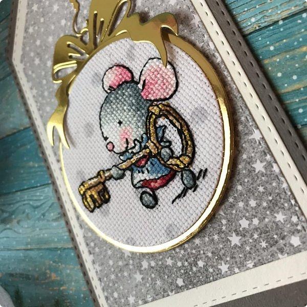 """Кто помнит, """"вяжу"""" я комплименты с 2014 года, с января месяца. Получаю удовольствие от этой медитации, создания """"вязаного полотна"""". Этот год, не исключение. Долго искала силуэт мышки, все не нравились, а в этот влюбилась:) Сделала чипборд для Меня Ольга Романова (@romanovaolga22) фото 29"""