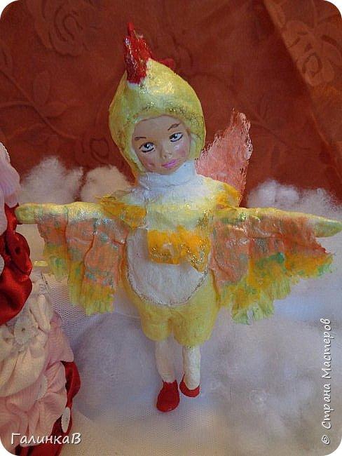 Доброго всем дня! Сегодня у меня еще троечка карнавальных детишек из ваты. А в конце еще кое-что. Сразу хочу извиниться за качество фото. На улице пасмурно, поэтому для хорошего фото просто не хватает света. фото 13