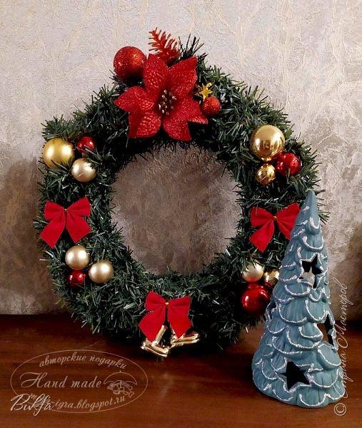 Всем рождественский привет! В завершение праздников получился еще один венок. Срочно нужен был подарок на Рождество - сделали за час.