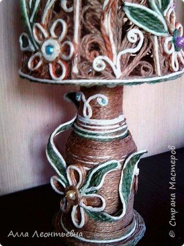 Пока есть время я сделала вот такую декоративную лампу. Если поставить в абажур светодиодную свечу - будет ночник, светильник фото 3