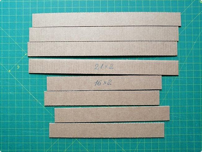 Предлагаю сделать рамку для фотографии 15х20 см  из самых простых и доступных материалов.  Вставила фото моего дяди, маминого старшего брата. фото 2
