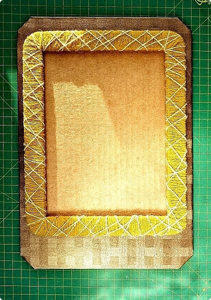 Предлагаю сделать рамку для фотографии 15х20 см  из самых простых и доступных материалов.  Вставила фото моего дяди, маминого старшего брата. фото 25