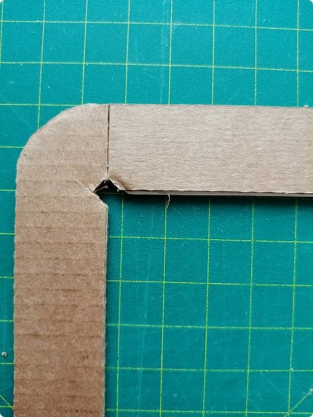 Предлагаю сделать рамку для фотографии 15х20 см  из самых простых и доступных материалов.  Вставила фото моего дяди, маминого старшего брата. фото 7