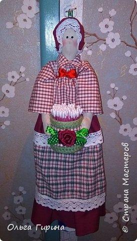 Привет всем,опять я пропадала,но не бездельничала,нашила кукол ,они уже все благополучно раздарены:-)Сшила куклу по мотивам аргентинских кукол. фото 14