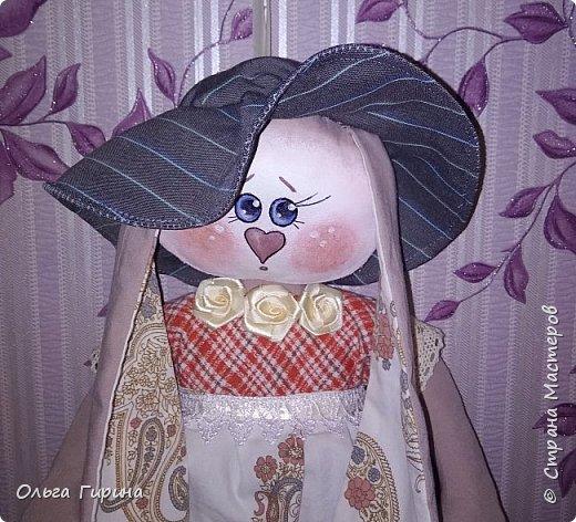 Привет всем,опять я пропадала,но не бездельничала,нашила кукол ,они уже все благополучно раздарены:-)Сшила куклу по мотивам аргентинских кукол. фото 9