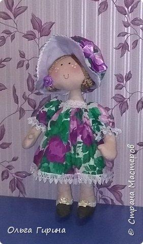 Привет всем,опять я пропадала,но не бездельничала,нашила кукол ,они уже все благополучно раздарены:-)Сшила куклу по мотивам аргентинских кукол. фото 2