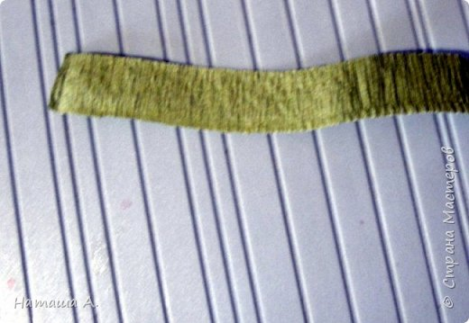 Вот для такой ветки мне нужны стали бумажные цветы. Подходящего размера в запасе нет, значит нужно сделать.  Взяла белую акварельную бумагу, акварельные краски, нитки № 10 (толстые), клей ПВА и типа Дракон, манную крупу, ручку с круглым концом (у меня булька, специальная палочка для тиснения, стек) . фото 24