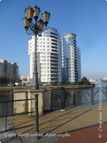 Всем доброго дня!  Мы продолжаем путешествовать по замечательному городу Калининграду. Симпатичные аллеи и парки в городе. фото 4
