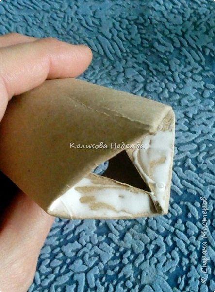 Добрый день! Сегодня научимся делать скворечник из бросового материала- втулки от туалетной бумаги. фото 7