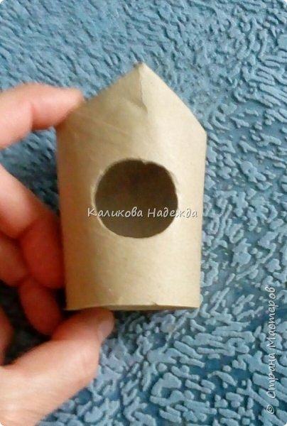 Добрый день! Сегодня научимся делать скворечник из бросового материала- втулки от туалетной бумаги. фото 9