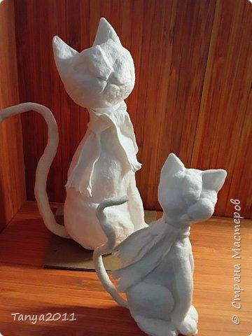 Добрый вечер, мастера и мастерицы! У меня - ватные котейки. Конечно. сейчас очень много МК по ватной игрушке. Но может кому-то пригодится. Увидел фото   в интернете - сделал копию из ваты. фото 6