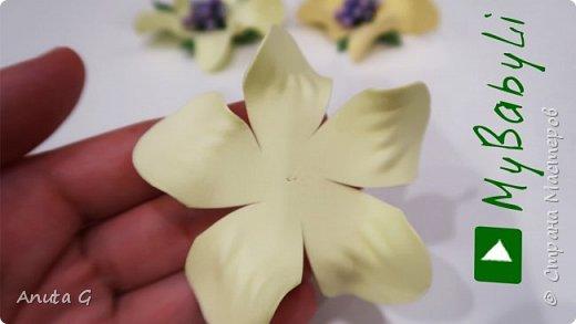 Такого из фоамирана еще не делали Цветы из фоамирана