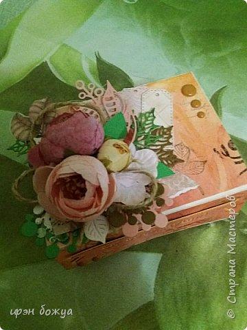 Сделала осеннюю коробочку для пожеланий. Заполнить можно конфетами и листочками скрученными в трубочку с пожеланиями.
