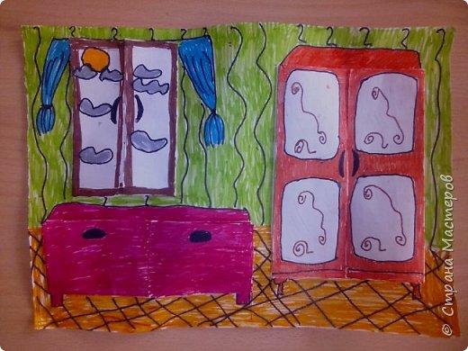 Рисунок с открывающимися дверками очень интересен в творчестве детям. Он позволяет проявить воображение и вкусовые дизайнерские особенности. Для работы необходимы: Бумага, Клей, Ножницы, Карандаши, Фломастеры. фото 9