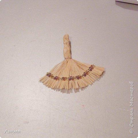 """Для сравнения показываю два веничка, на одном из которых перчики выполнены из пластика. Думаю, что """"натуральный"""", т.е почти натуральный, нисколько не уступает)))))) фото 11"""