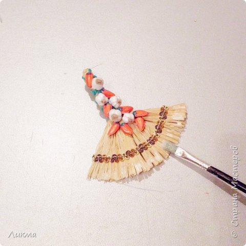 """Для сравнения показываю два веничка, на одном из которых перчики выполнены из пластика. Думаю, что """"натуральный"""", т.е почти натуральный, нисколько не уступает)))))) фото 15"""
