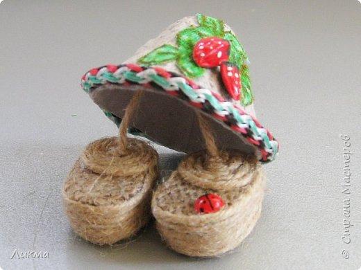 Шляпка и башмачки  для домовенка  из бабушкиного сундучка!!!