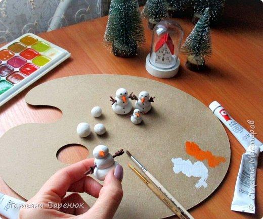 Даже самый обычный вечер может стать ВОЛШЕБНЫМ...✨😉 Создаем волшебную зимнюю сказку своими руками...❄🎄🏠⛄ ️ Как же мне нравятся эти милые приготовления к Новому году, маленькие чудесности сделанные своими руками для украшения квартиры: снежинки, магнитики,елочки,шары, гирлянды... И никакой грустной осени!!!Фантазируйте,творите и радуйте друг друга хорошим настроением. =)❄🎄🍊🎨🍭✨  фото 5